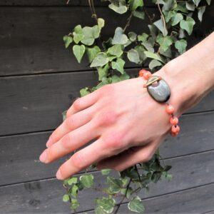 Bracciale CORALLO ROSA ORO e corno – gioiello italiano- Fatto a mano- bracciale per lei